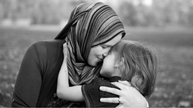 muslim-mother.jpg